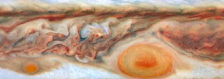 #АстроФотоНаДенот - Јупитеровите црвени дамки