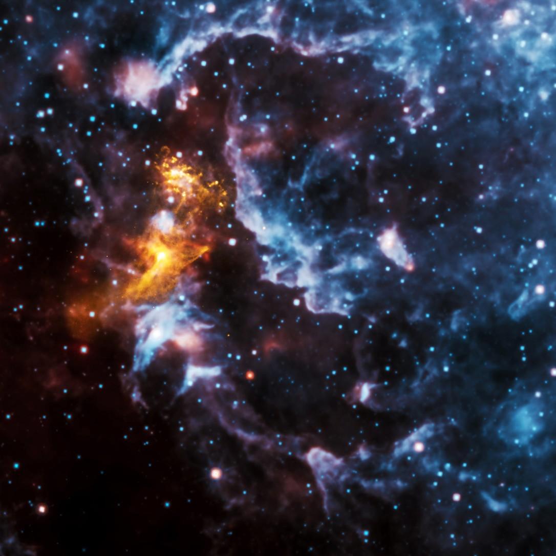 #АстроФотоНаДенот - Илузии во космичките облаци