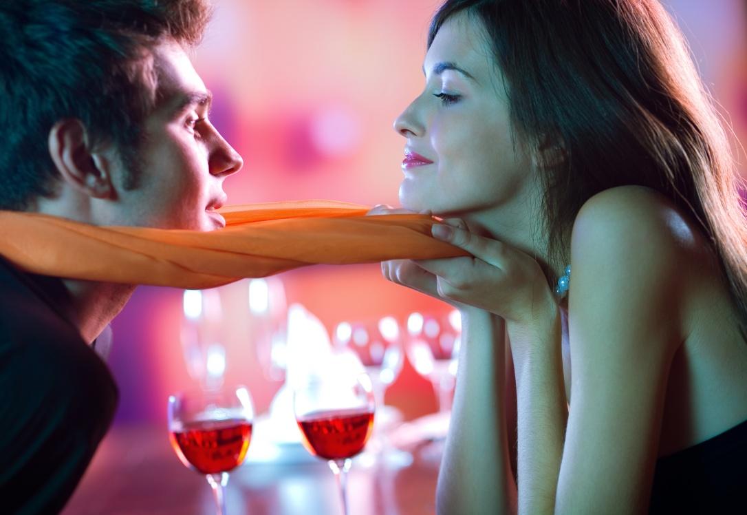 Идеи за романтичен состанок со вечера за двајца