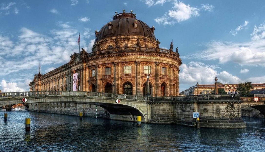 На пат околу светот: Берлин