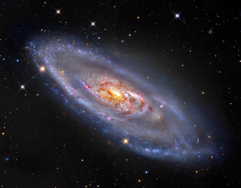#АстроФотоНаДенот - Спирална галаксија со необичен центар