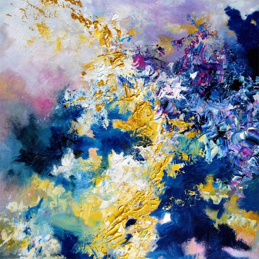 """(4) Артистка со синестезија преку цртежи ни покажува како ги """"гледа"""" познатите песни"""
