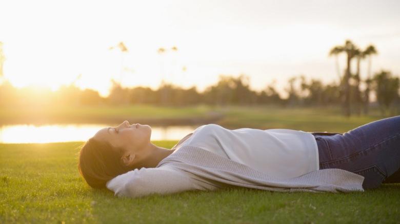 Сакате да живеете подолго и без стрес? Ова видео ќе ви покаже како...