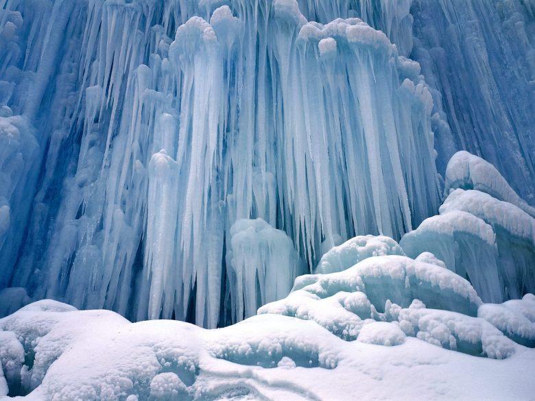 (10) Најубавите снежни десктоп позадини за зимско освежување