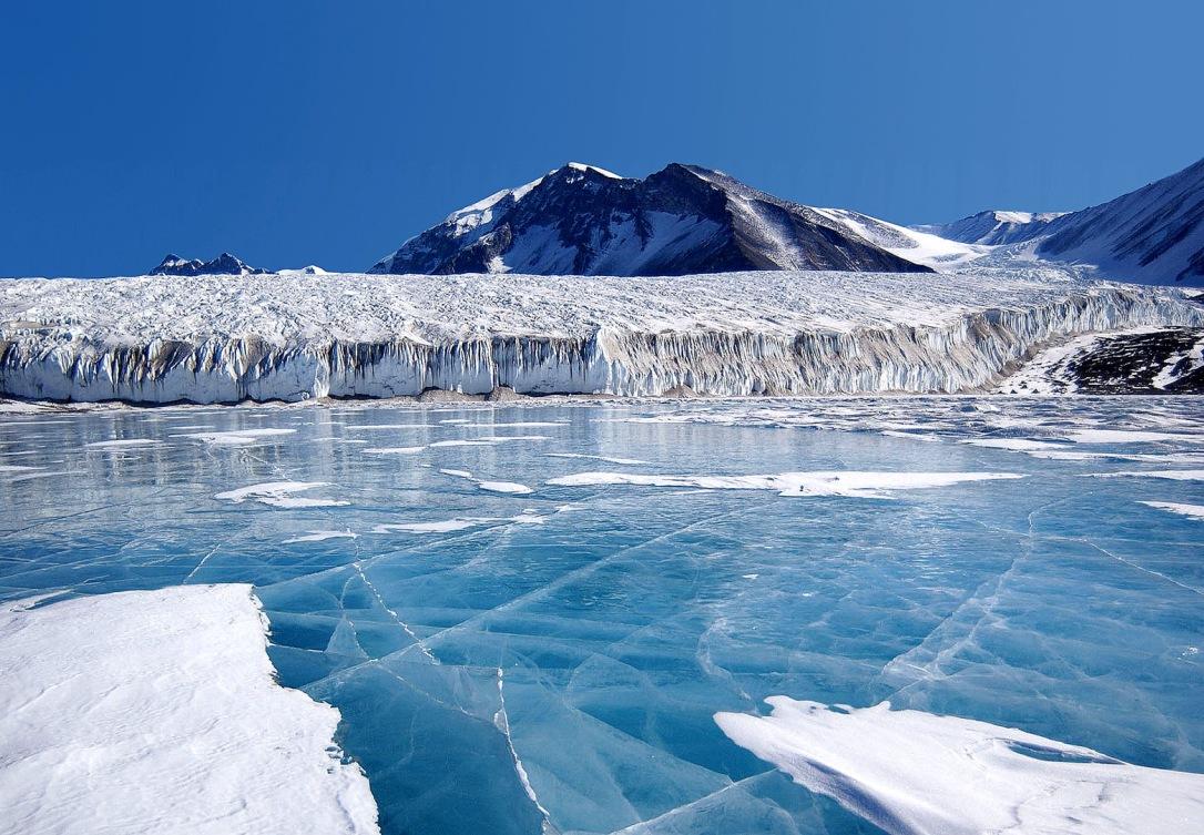 (12) Најубавите снежни десктоп позадини за зимско освежување