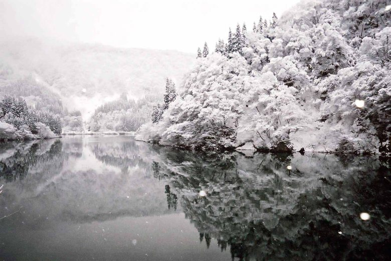 (21) Најубавите снежни десктоп позадини за зимско освежување