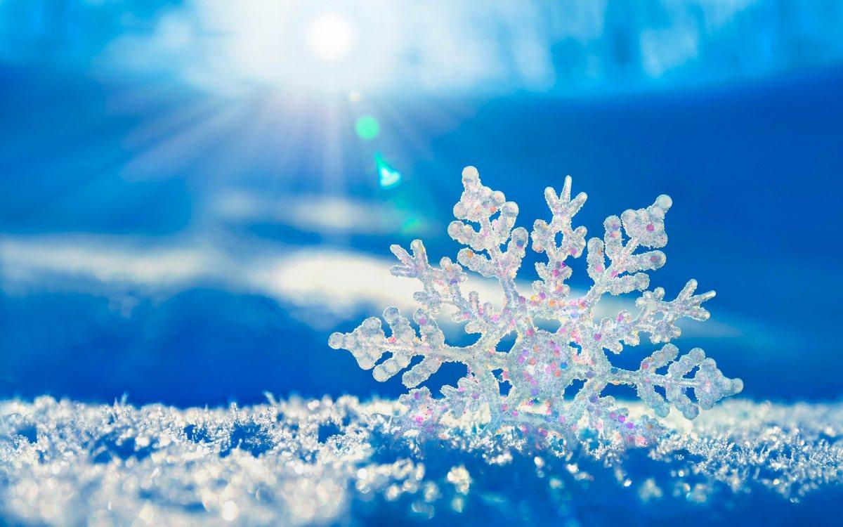 Најубавите снежни десктоп позадини за зимско освежување