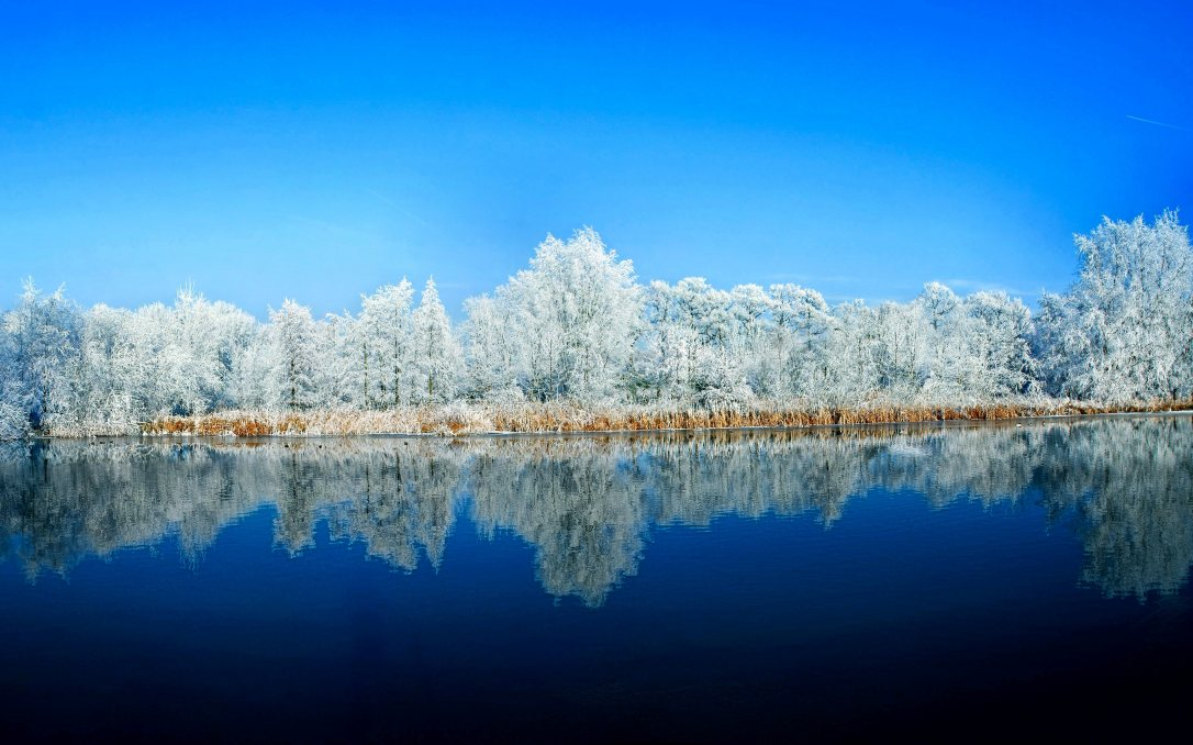 (39) Најубавите снежни десктоп позадини за зимско освежување