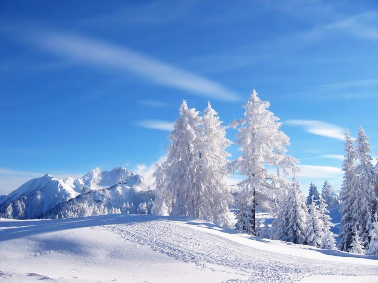 (5) Најубавите снежни десктоп позадини за зимско освежување