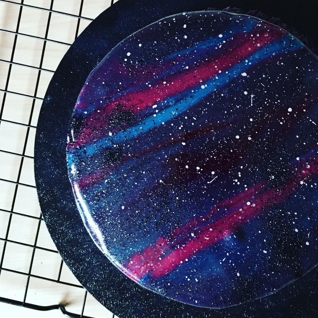 7 галактички торти што изгледаат како да не се од овој свет