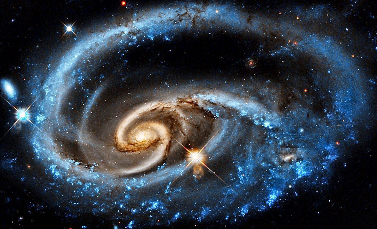 Астрономите откриле дека на сите галаксии им се потребни околу една милијарда години за да се свртат околу себе